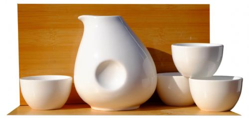 White Penguin Sake Set 4 cups